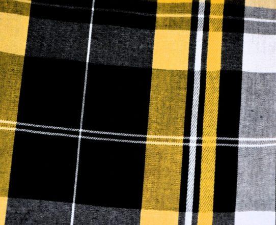 Deux types d'écharpes indémodables pour passer l'hiver